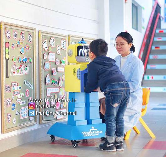 بررسی سلامت دانشآموزان با پرستار رباتیک